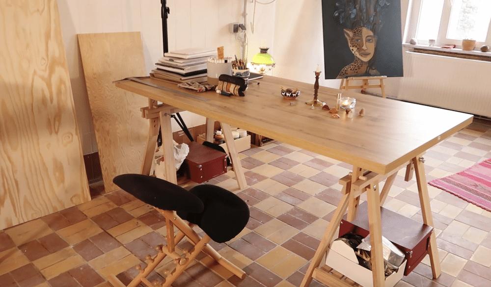 Arbeitstisch im Atelier